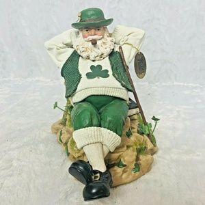 Possible Dream Irish Santa Claus Music Box Clothiq